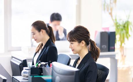 勤怠管理と工数管理の連動によるバックオフィス業務の効率化