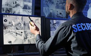 セキュリティ強化・勤怠管理において重要な「入退館管理」