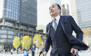 【2021年4月施行】70歳まで就業確保を努力義務化~高年齢者雇用安定法の改正ポイント~