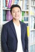 入山章栄_bookshelf.smiling_小サイズ.JPGのサムネイル画像のサムネイル画像のサムネイル画像